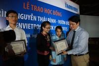 Vườn ươm nhân tài LienVietPostBank 2015 trao học bổng cho sinh viên