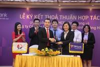 TPBank và Tập đoàn Hoàng Huy hợp tác hỗ trợ doanh nghiệp vay vốn mua xe đầu kéo
