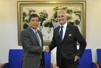 Hết tháng 5/2015, AIA Việt Nam đạt 36.488 hợp đồng khai thác mới