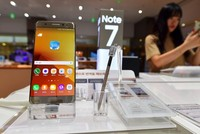 Vietnam Airlines tạm dừng cung cấp dịch vụ sạc pin trên máy bay với Galaxy Note 7
