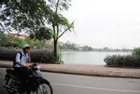 Người dân Khu đô thị Văn Quán, quận Hà Đông, Hà Nội khốn khổ vì mùi khó chịu