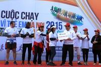 Manulife Việt Nam chạy bộ vì trẻ em tại Hà Nội