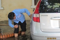 PTI huy động toàn bộ xe cứu hộ và giám định viên sau ngập lụt sáng nay tại Hà Nội
