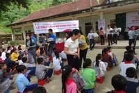 Prudential hỗ trợ khẩn cấp cho người dân vùng thiên tai