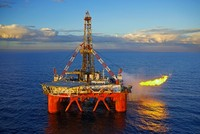 Giá dầu đã xuống 30 USD/thùng, kịch bản nào cho kinh tế 2016?