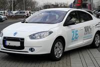 Taxi Mai Linh nhập lô 100 xe điện Fluence ZE đầu tiên về Việt Nam