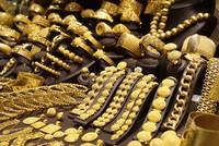 Sáng 6/8, giá vàng giảm hơn 300.000 đồng/lượng
