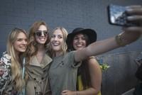 iPhone 7 có thể tích hợp đèn flash để chụp selfie