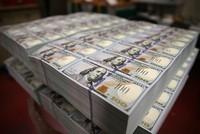 Sáng ngày 21/9, giá vàng vẫn giảm nhẹ, tỷ giá tại các ngân hàng tiếp tục tăng