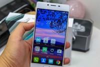 Freetel REI - smartphone Nhật giá 6 triệu đồng