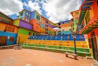 Lạc lối ở thị trấn nhiều màu sắc nhất thế giới