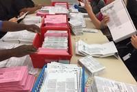 Vì sao Mỹ chưa kiểm xong phiếu bầu tổng thống Mỹ?