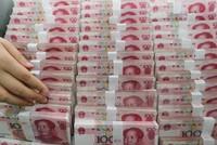 Giới chức Trung Quốc lặng lẽ cứu nội tệ