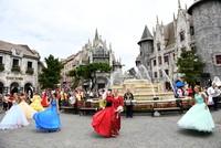 Phố đi bộ Hồ Gươm đón show trình diễn Carnival quốc tế lớn nhất từ trước đến nay