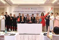 Techcombank và Manulife Việt Nam ký hợp đồng độc quyền bancassurance 15 năm
