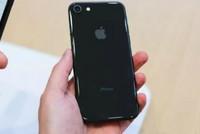 Mặt kính iPhone 8 đắt hơn cả màn hình