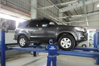 """Bảo hiểm vật chất xe ô tô: giảm phí là """"chết"""""""