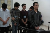 24 tháng tù giam cho người cầm đầu nhóm nghe lén 14.000 smartphone