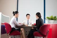 Viet Capital Bank cho doanh nghiệp vay VND lãi suất USD