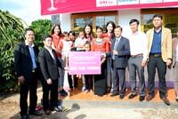 Nam A Bank cùng Tổ chức Hoa hậu Hoàn vũ Việt Nam tặng nhà cho người nghèo tại Lâm Đồng