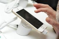 Apple giảm giá iPhone tại Nga nhờ đồng ruble bình ổn trở lại