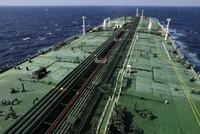 Tàu chở dầu đầu tiên của Iran hướng tới châu Á