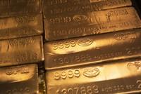 Giá vàng đang bị mắc kẹt