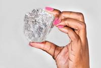 Tìm thấy viên kim cương lớn nhất hơn 100 năm qua