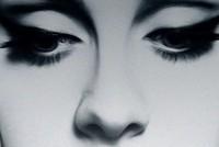 Bán được 2,3 triệu album trong 3 ngày, Adele sắp lập kỷ lục mới