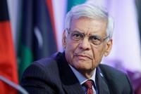 """Chiến tranh về giá không thể thắng, OPEC tính """"đình chiến"""" với dầu đá phiến"""