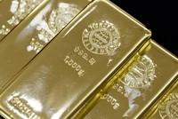 Giá vàng ngày 1/4: USD yếu giúp vàng thoát đáy