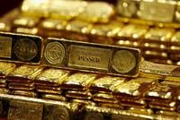 Giá vàng ngày 22/4: Tin kinh tế Mỹ đè nặng lên giá vàng