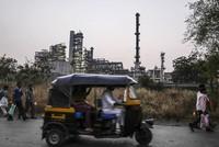 GDP Ấn Độ dự báo chỉ tăng 6,5%, nhu cầu năng lượng sụt mạnh