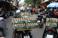 Bloomberg: Các nhà sản xuất bia không thể rời mắt khỏi Việt Nam
