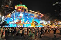 """Việt Nam có tuyến phố nằm trong Top những """"Con đường đắt đỏ"""" nhất thế giới"""