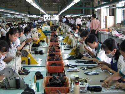 Người lao động ở TP.HCM nhận lương cao nhất, bình quân 120 triệu/năm