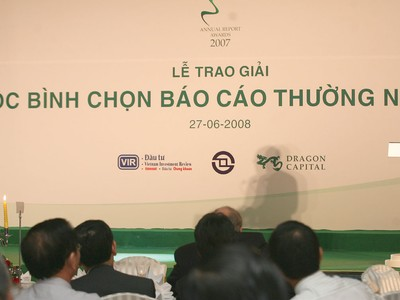 Thị trường chứng khoán Việt Nam: Kiên định con đường minh bạch