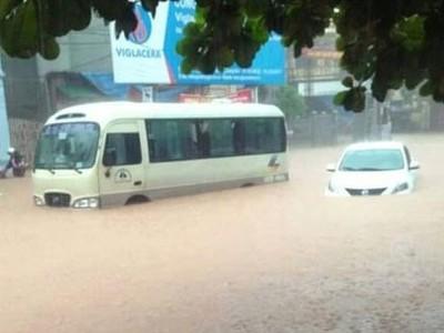 PTI bồi thường cho 37 xe ô tô trong trận mưa lũ tại miền Bắc
