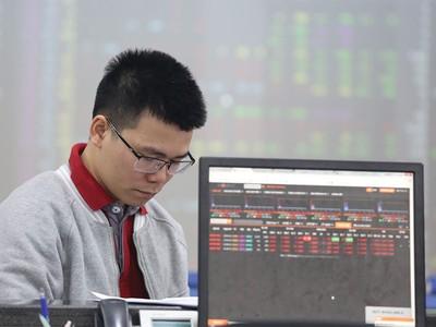Thị trường chứng khoán tháng 4: Lường trước cú sập bất ngờ
