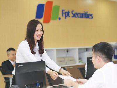 FPTS và bí quyết trao tay khách hàng chìa khóa thành công