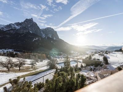 Khách sạn Valentin: Sân khấu giữa núi đồi