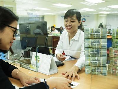Vẫn cần liên tục cảnh báo rủi ro tín dụng chứng khoán, bất động sản