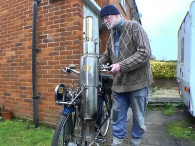 Xe đạp chạy bằng hơi nước