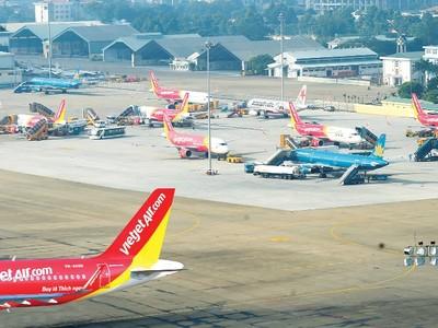 """Sự """"trỗi dậy"""" của các hãng hàng không chi phí thấp"""