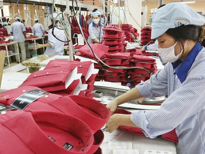 7 tháng, bảo hiểm tái đầu tư nền kinh tế 218.570 tỷ đồng