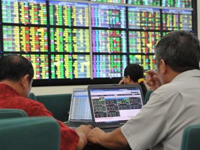 Giám sát chặt chẽ hoạt động thị trường chứng khoán phái sinh