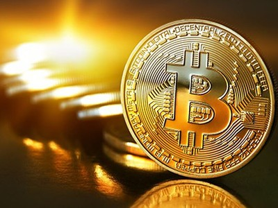 Bitcoin lập kỷ lục 8.000 USD