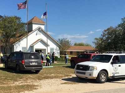 Xả súng tại nhà thờ Mỹ, ít nhất 25 người thiệt mạng
