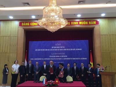 Việt Nam và Luxambourg ký Hiệp định khung hợp tác song phương