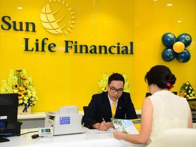 """Sun Life Việt Nam đạt giải """"Công ty bảo hiểm tăng trưởng nhanh nhất"""""""
